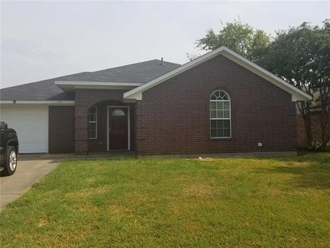 Photo of 606 Aldridge St, Commerce, TX 75428