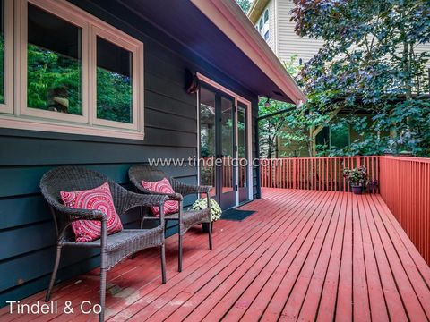 Photo of 3235 Sw Gale Ave, Portland, OR 97239