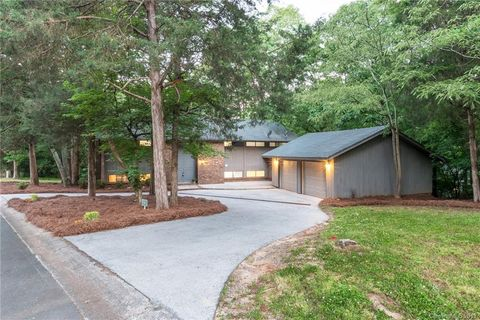 Photo of 6 Thornwood Rd, Clover, SC 29710