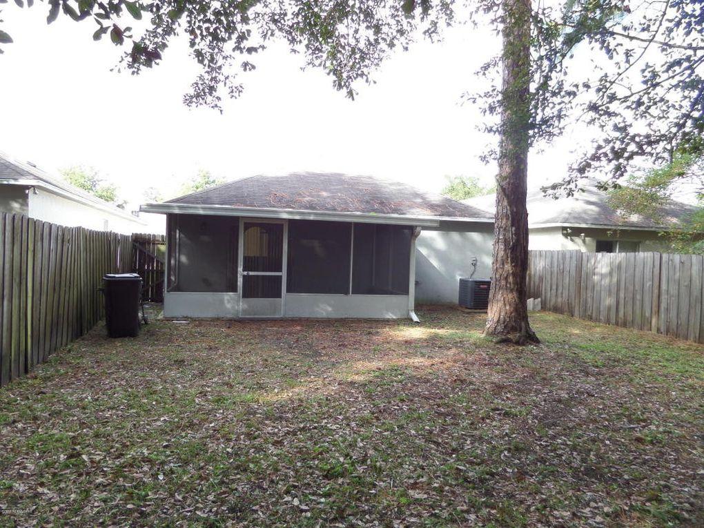 2155 Wiley Oaks Ln, Jacksonville, FL 32210