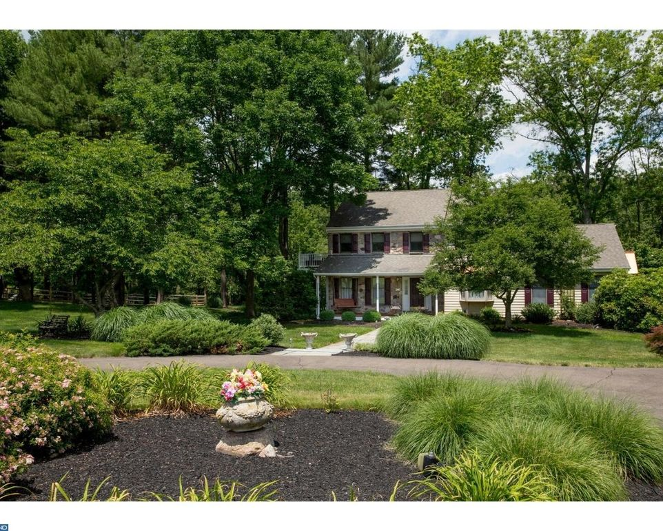 1089 Drew Dr, Yardley, PA 19067 - realtor.com®