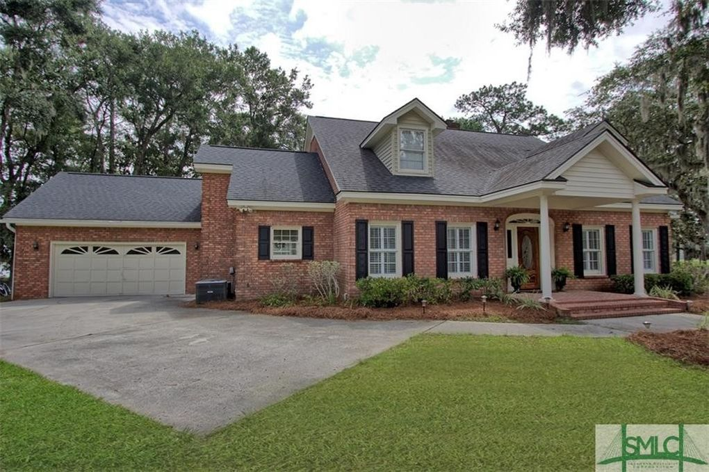 24 Rose Dhu Glen Dr Savannah GA 31419