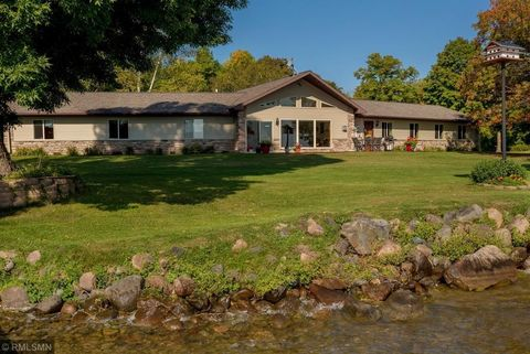 Photo of 10084 Point View Dr Nw, Federal Dam, MN 56641