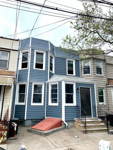 Photo of 64-18 65th Ln Unit 2, Middle Village, NY 11379