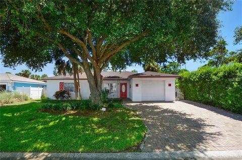 Photo of 166 45th Ave, Saint Pete Beach, FL 33706