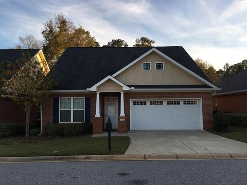 Photo of 105 Village Ln, Macon, GA 31204