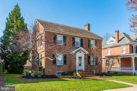 Photo of 202 Rockwell Ter, Frederick, MD 21701