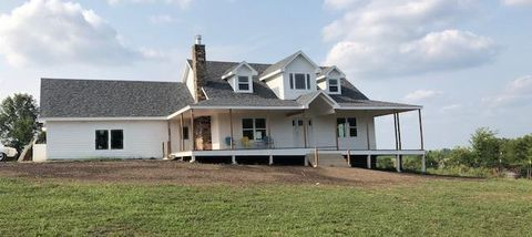 Photo of 981 Nw 475th Rd, Centerview, MO 64019