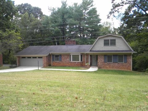 3630 8th Street Pl Nw Hickory Nc 28601