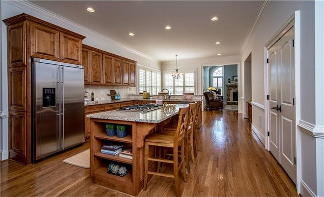 10295 Worthington Mnr, Suwanee, GA 30024 - Kitchen