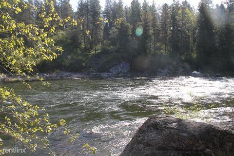Photo of 11358 River Bend Dr, Leavenworth, WA 98826