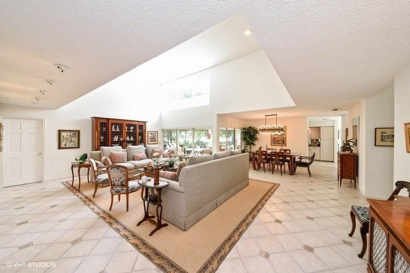 6540 Eastpointe Pines St, Palm Beach Gardens, FL 33418
