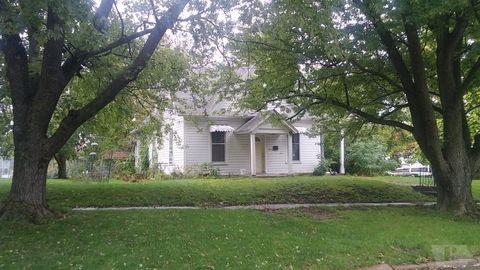 407 N Court St, Fairfield, IA 52556