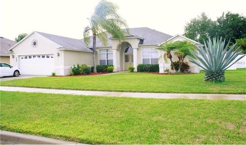 2405 Rollins Ave, Clermont, FL 34711