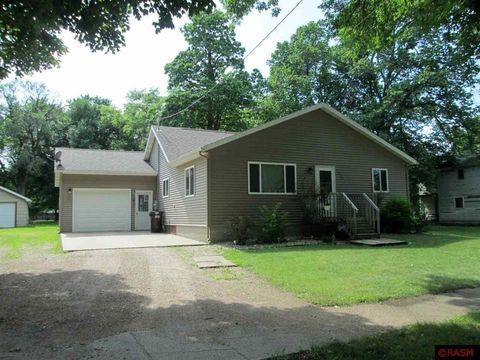 Photo of 510 N 2nd St, Butterfield, MN 56120