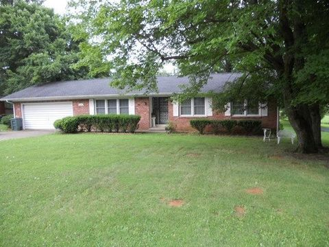 Photo of 680 Seminole Dr, Madisonville, KY 42431