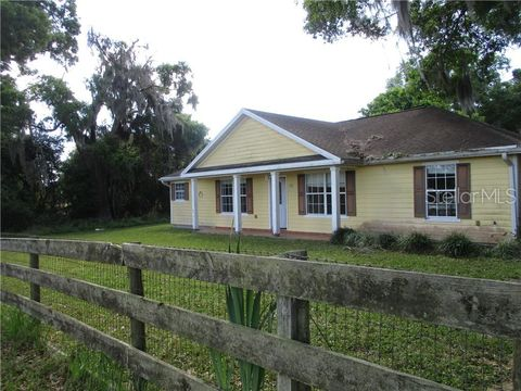 Photo of 852 E Highway 329, Citra, FL 32113