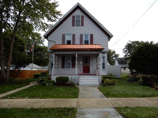 1004 Caswell St, Belvidere, IL 61008