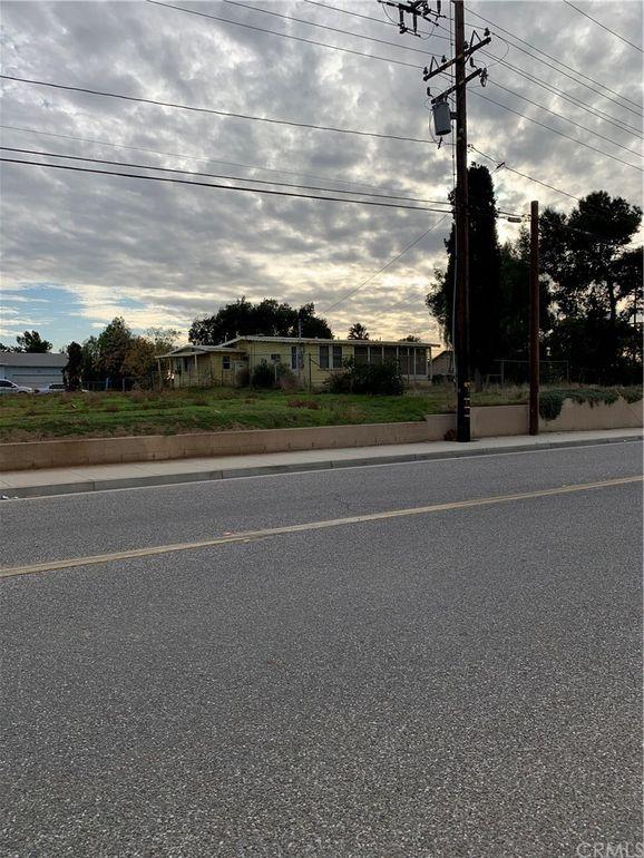21719 Cottonwood Ave Moreno Valley, CA 92553
