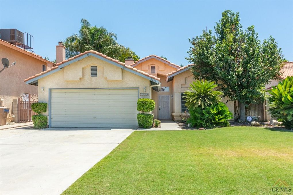 7609 Golden Rise Ct Bakersfield, CA 93313
