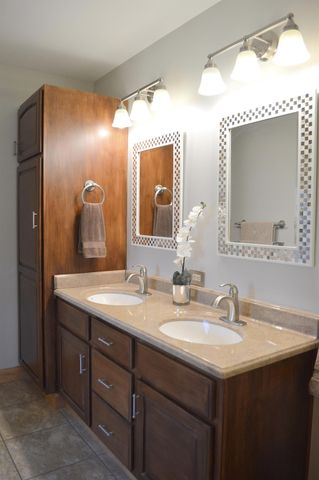 1684 Laurel Glen Ct, Hamilton Township, OH 45140 - Bathroom