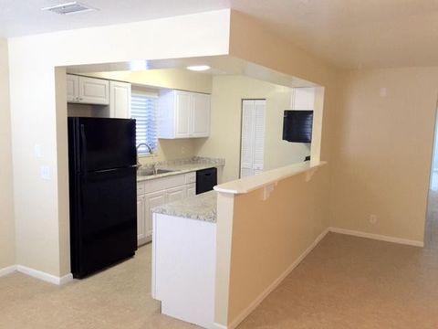 Photo of 120 S Arnold Ave Apt 1, Lantana, FL 33462