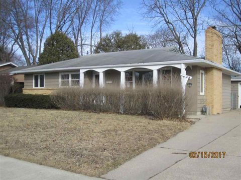 1010 N Randall Ave, Janesville, WI 53545
