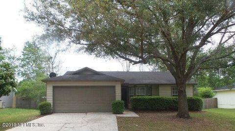 Photo of 1606 Twin Oak Dr E, Middleburg, FL 32068