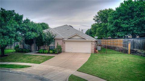 Photo of 6900 Topanga Ter, Fort Worth, TX 76132