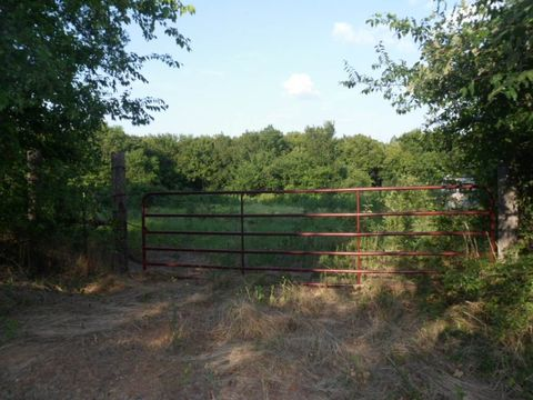 County Road 2426, Como, TX 75431