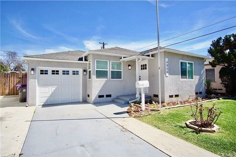 Photo of 6856 White Ave, Long Beach, CA 90805