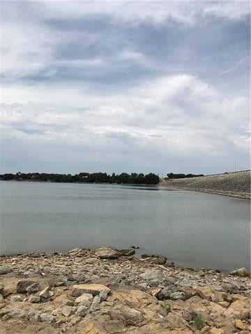 150 S S Lakewood Cir S, Lake Bridgeport, TX 76426