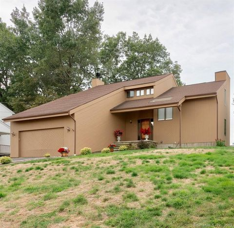 Miraculous 88 Heritage Dr Waterbury Ct 06708 Download Free Architecture Designs Crovemadebymaigaardcom