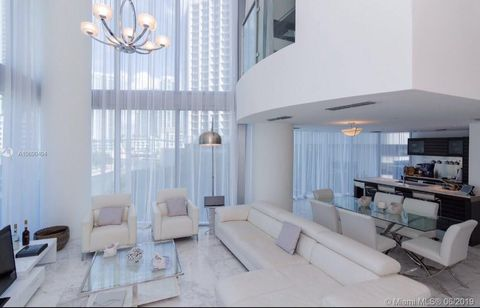 Photo of 200 Biscayne Boulevard Way Apt 502, Miami, FL 33131