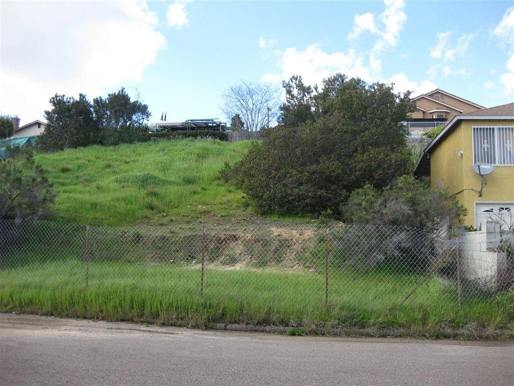 Elkhart St Unit 25, San Diego, CA 92105