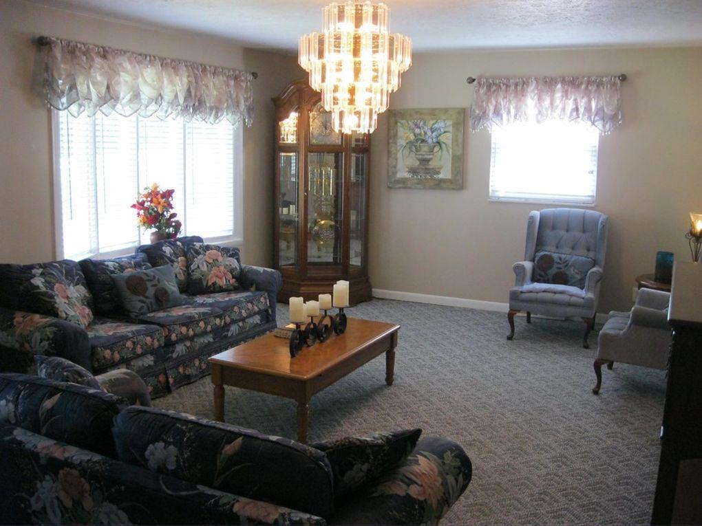 418 Old Oakvale Rd, Princeton, WV 24740