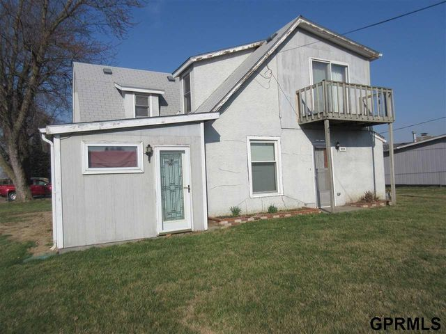 8324 Cedar Island Rd, Omaha, NE 68147 - realtor.com®