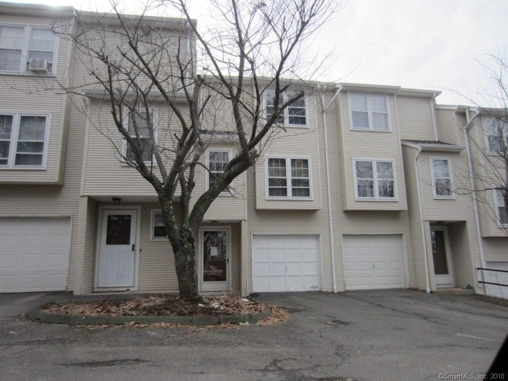 25 Deerwood Ln Unit 3 Waterbury CT 06704 & 25 Deerwood Ln Unit 3 Waterbury CT 06704 - realtor.com®