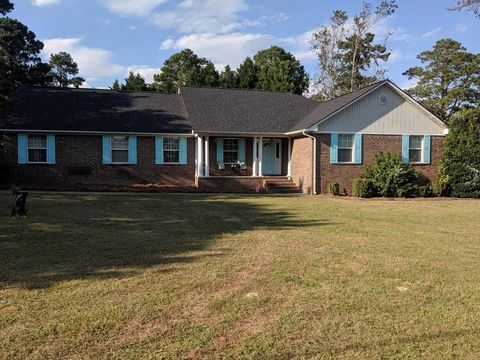 Photo of 575 S Wise Dr, Sumter, SC 29150