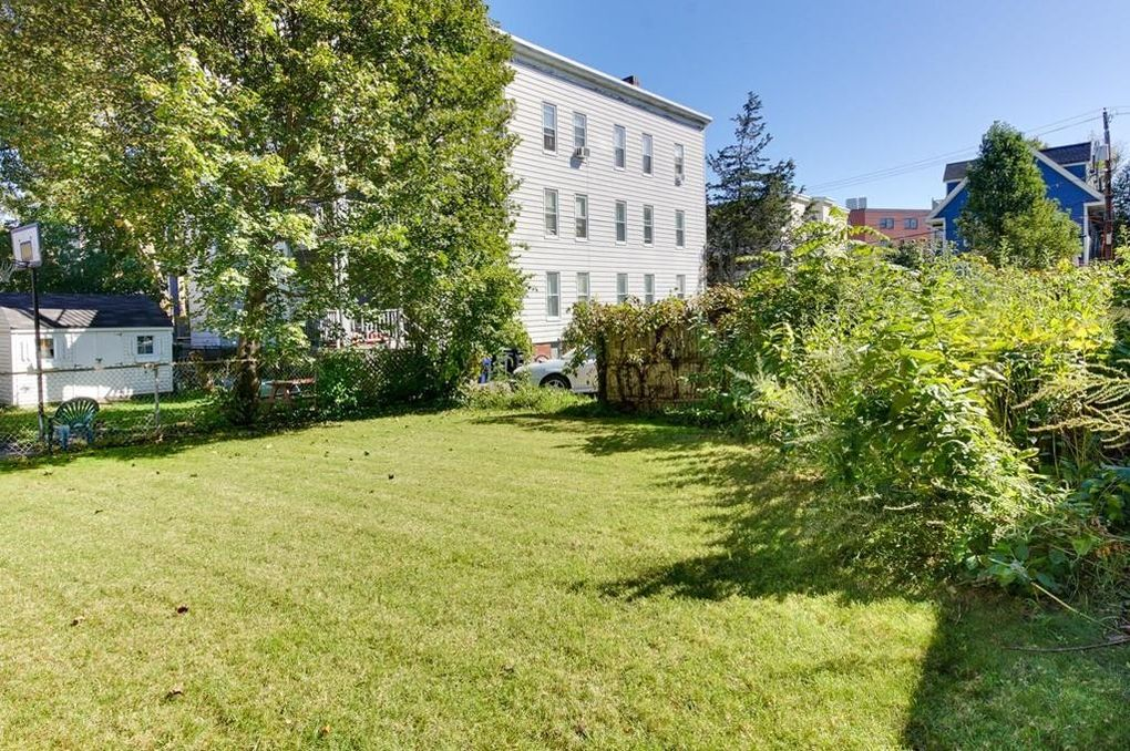 Charming 34 Jay St, Somerville, MA 02144