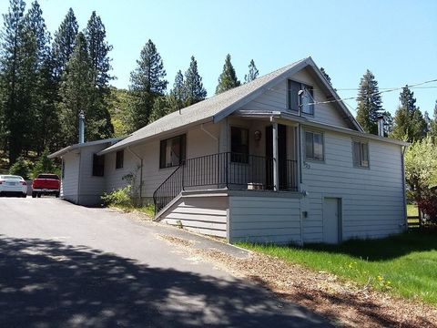Photo of 915 S Weed Blvd, Weed, CA 96094