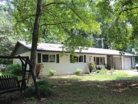Photo of 38 Rosewood Rd, Broken Bow, OK 74728
