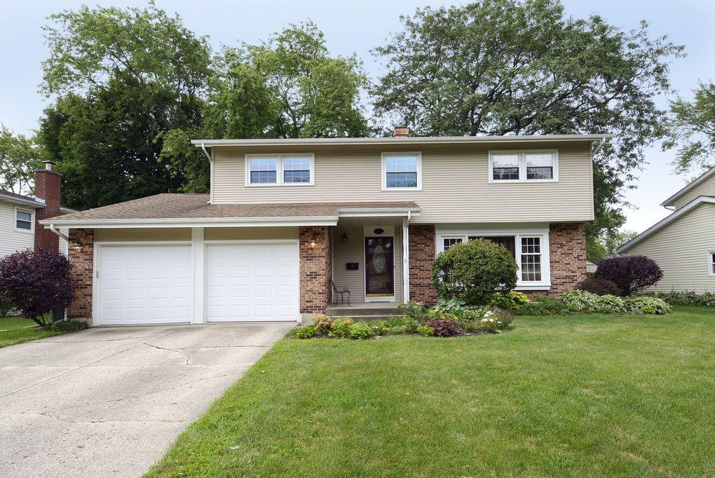 1113 E Linden Ln Mount Prospect, IL 60056
