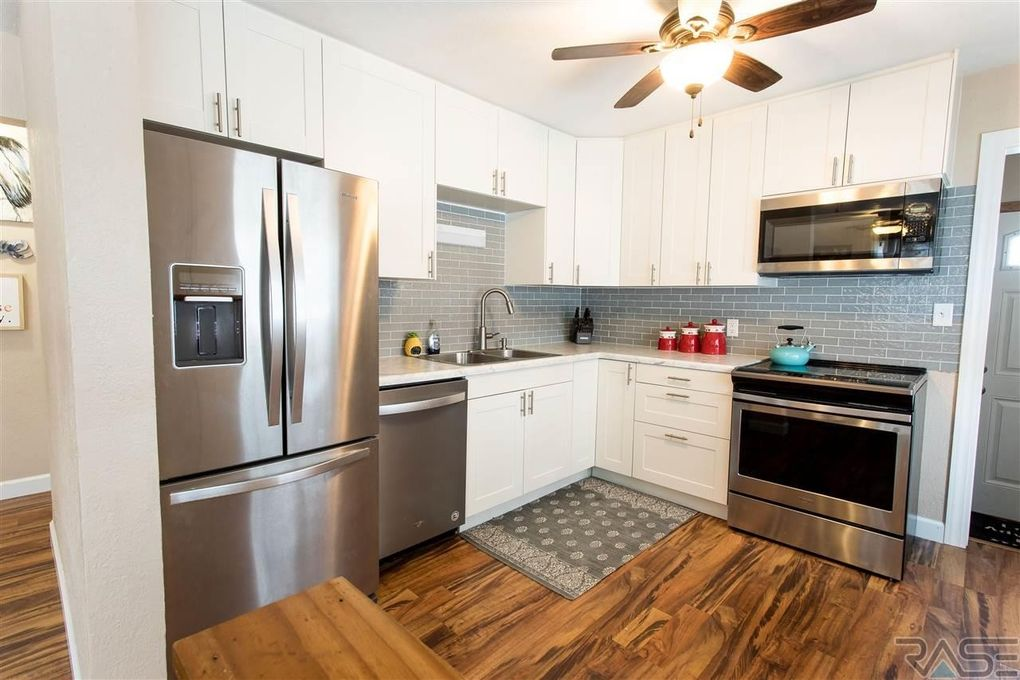 913 S Sneve Ave Sioux Falls Sd 57103