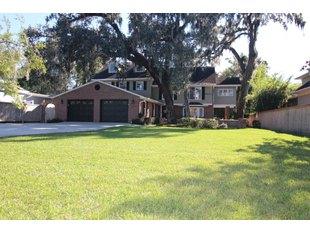 1320 Woodland St Orlando, FL 32806