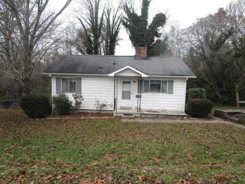 118 Maple Ln, Oak Ridge, TN 37830