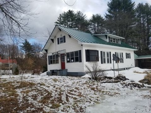Photo of 50 River Rd, Claremont, NH 03743