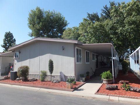 2706 W Ashlan Ave Fresno CA 93705