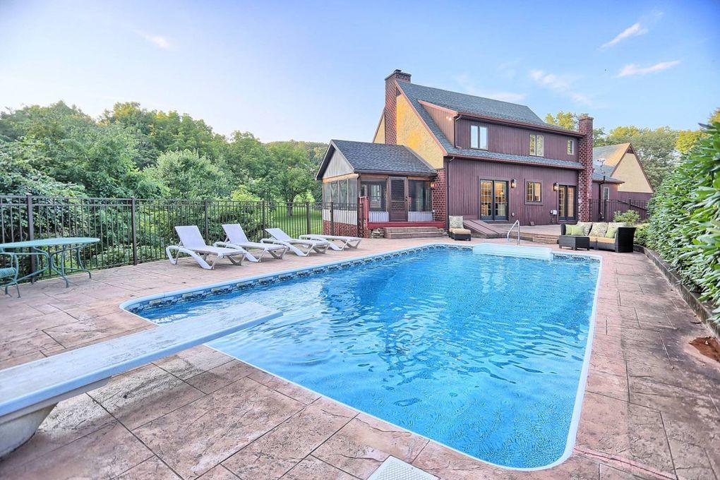 646 crestwood dr bloomsburg pa 17815 - Bloomsburg university swimming pool ...
