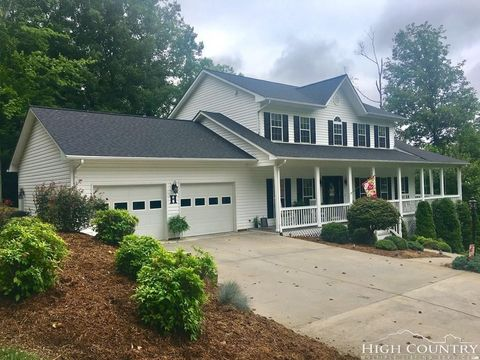 139 Country Club Hills Ln, Wilkesboro, NC 28697